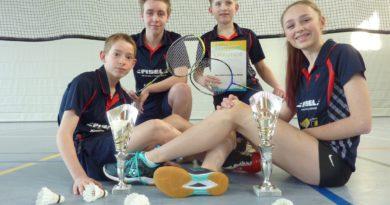Erfolgreiches Jugendturnier: 1.Platz und 3.Platz